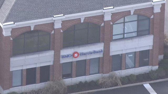 The outside of the BMO Harris Bank in Creve Coeur following a robbery (Credit: KMOV)