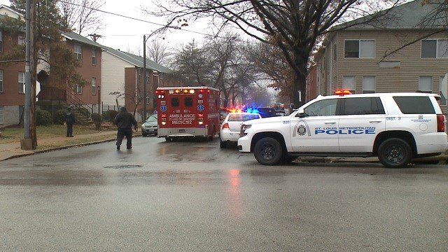 Officers on scene of a fatal shooting on Ohio in South St. Louis (KMOV)