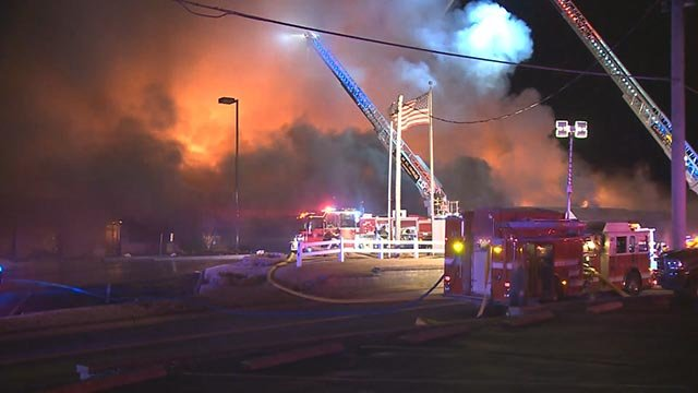 Firefighters at Bogey Hills County Club Friday (Credit: KMOV)