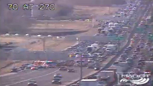 Multiple crashes closed several lanes of I-70 near the Missouri River Friday (MoDOT)
