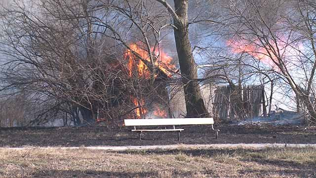 Experts say warm, dry weather is ideal for brush fires. Credit: KMOV