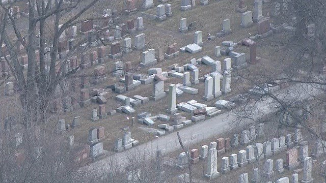 Muslim activists raise over $30000 to restore desecrated Jewish cemetery