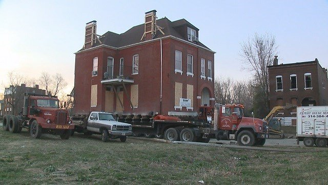 Historic home moved to new location, escapes demolition (Credit: KMOV)