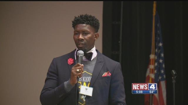 Students at Northwest Academy of Law High School talked about solutions to crime with mayoral candidates Monday. Credit: KMOV