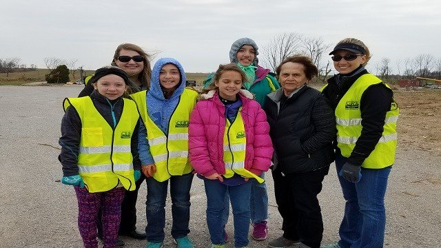 Students from the Rockwood school district partnered with the American Red Cross to help Perryville tornado victims. (Credit: KMOV)