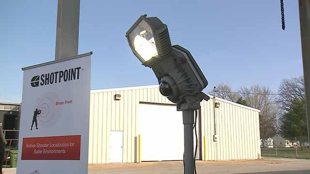 Smart City street lights can report gunshots straight to police. Credit: KMOV