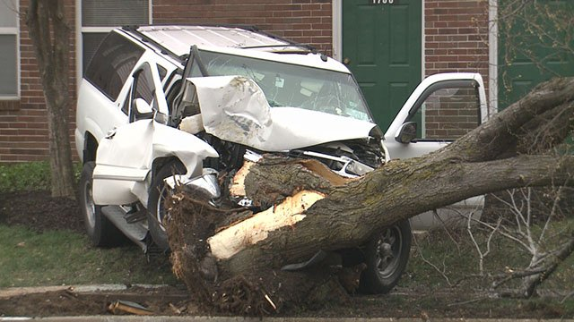 A man died after hitting a tree in north St. Louis on Sunday. (Credit: KMOV)