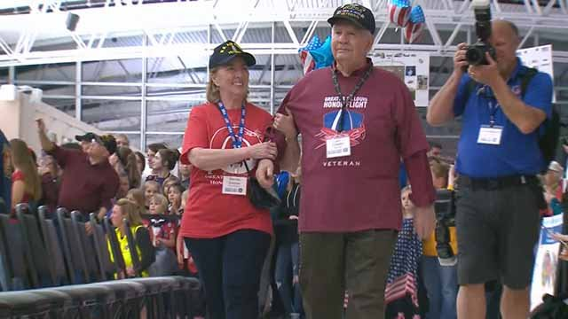 22 veterans of World War Two and the Korean War returned from an honor flight in Washington D.C. Tuesday. Credit: KMOV