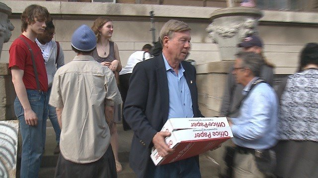Reverend Larry Rice at the time of the shelter closing. (Credit: KMOV)