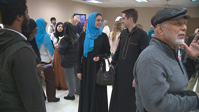 The Northwest Islamic Center is hosting an open house on Sunday to give residents the opportunity to learn more about the Muslim faith. (Credit: KMOV)