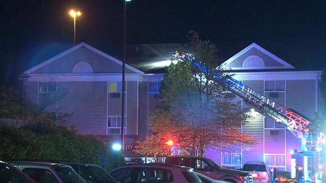 Firefighters at the InTown Suites in St. Charles early Tuesday morning (Credit: KMOV)