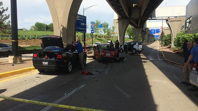 Crash at St. Louis Lambert International Airport (Credit: Chris Nagus, News 4)