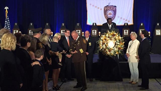 Blake Snyder's family accepted the Medal of Honor from St. Louis County Police Chief Jon Belmar (Credit: Steve Stenger)