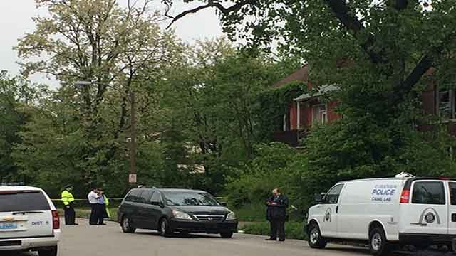 St. Louis Police investigate the scene of an apparent homicide in North City (Credit: KMOV)