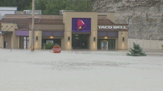 Valley Park Taco Bell on May 3 (KMOV)