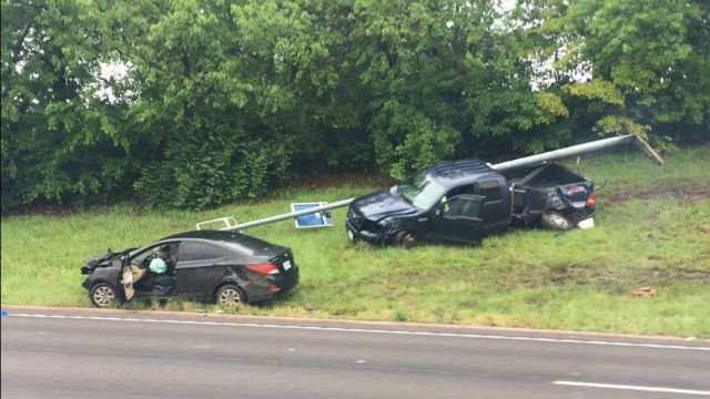 The accident occurred around 2:00 p.m. in the southbound lanes of I-55 atLoughborough. (Credit: Alexis Zotos)