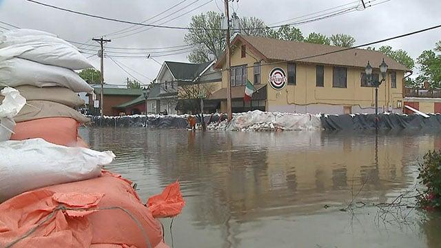 Flooding in downtown Eureka. Credit: KMOV