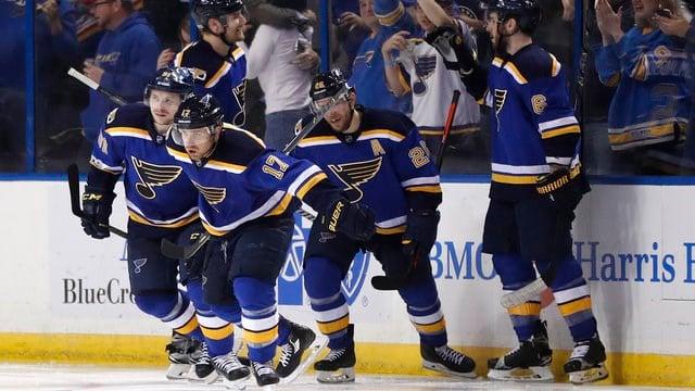 Predators eliminate Blues, advance to 1st conference final