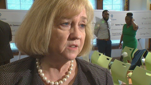 St. Louis Mayor Lyda Krewson told News 4 the city is working on a plan to combat the recent string of shootings. (Credit: KMOV)