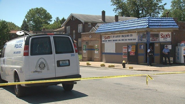 A man was shot in the 4200 block of Shreve Avenue Sunday afternoon. (Credit: KMOV)