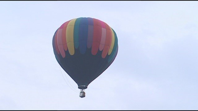 Forest Park balloon glow and race moved to Art Hill this year. (Credit: KMOV)