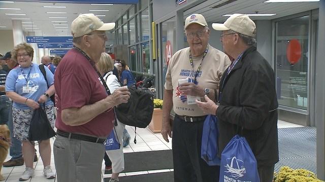 Military brothers take honor flight to Washington D.C. (Credit: KMOV)