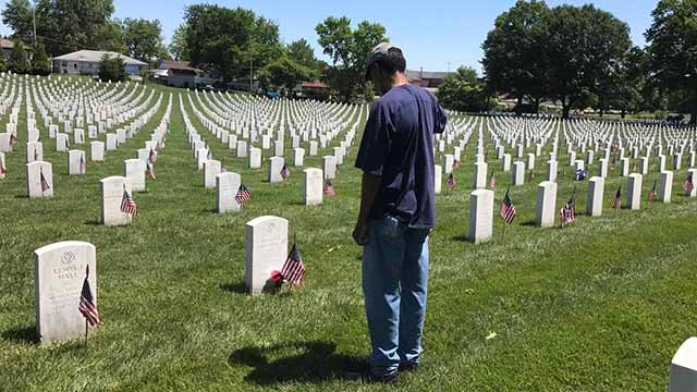 Many gathered at Jefferson Barracks Cemetery for a Memorial Day ceremony. Credit: KMOV