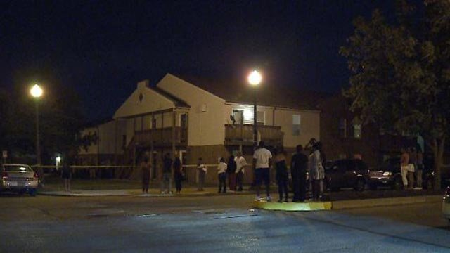 Scene in the 1500 block of Cochran Place after a fatal shooting Thursday (Credit: KMOV)