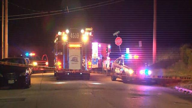 Emergency crews in the 6300 block of Chatham following an overnight homicide (Credit: KMOV)