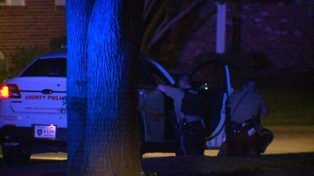 St. Louis County officers involved in a standoff on Saddle Ridge Drive Tuesday (Credit: KMOV)
