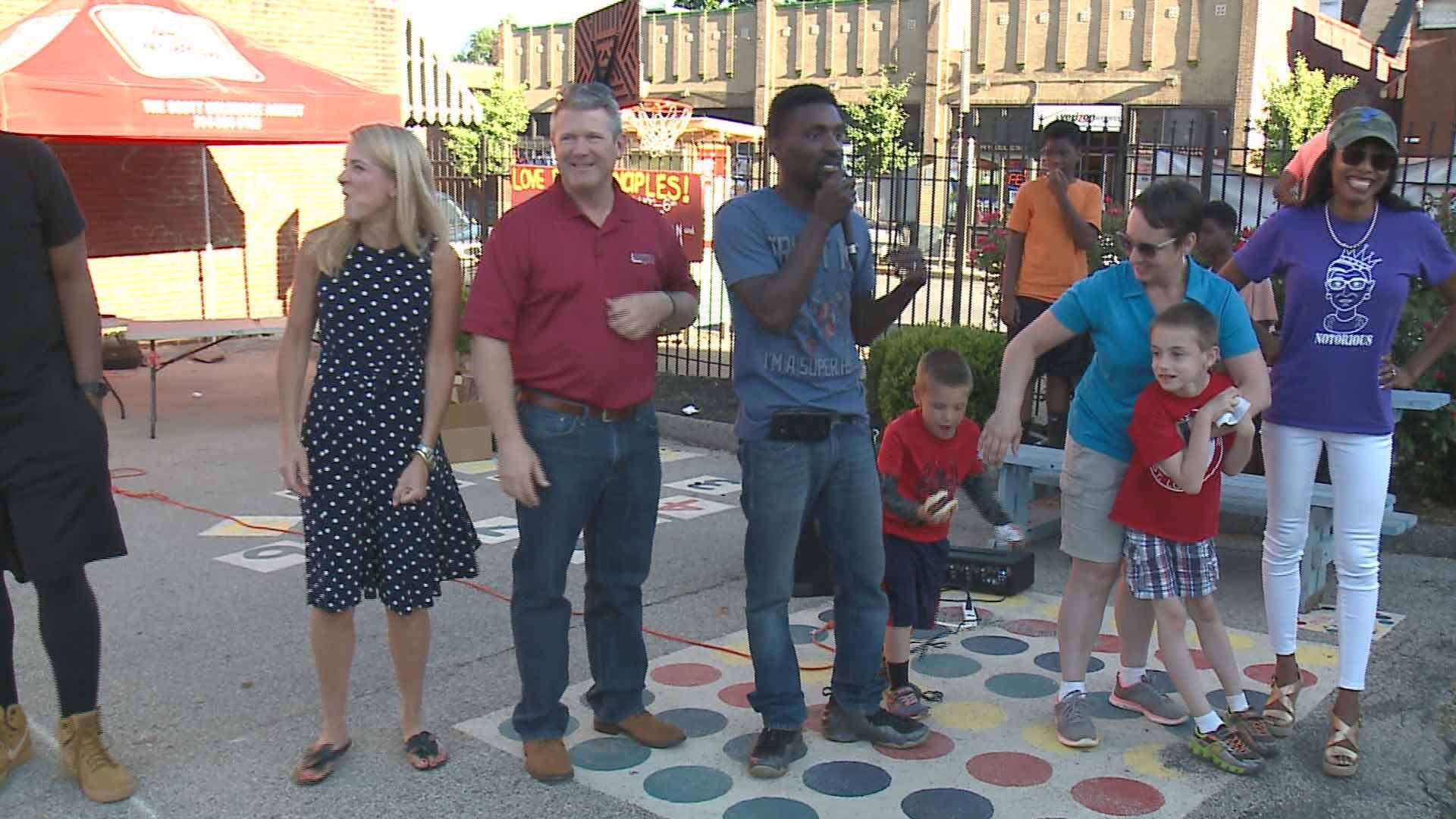 Mo. State Representative Bruce Franks gave out awards in south St. Louis Wednesday to those making a difference. Credit: KMOV