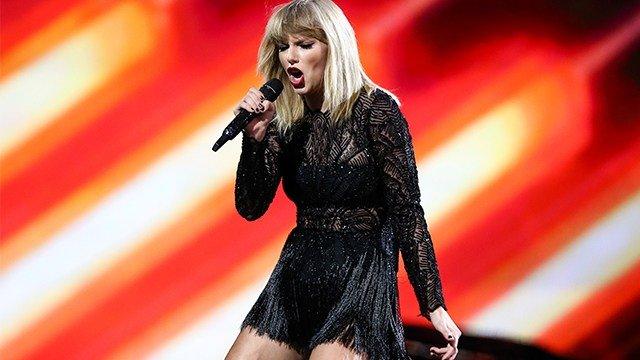 Taylor Swift performs at DIRECTV NOW Super Saturday Night Concert at Club Nomadic on Saturday, Feb. 4, 2017 in Houston, Texas. (Photo by John Salangsang/Invision/AP)