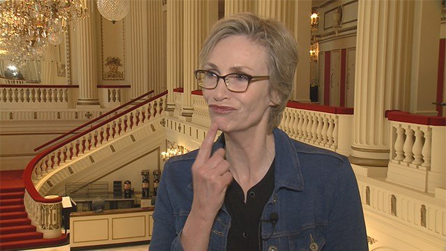 "Jane Lynch to perform ""The Great American Songbook"" at Powell Hall. (Credit: KMOV)"