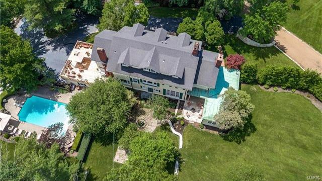 Aerial view of 1012 Hampton Park in Richmond Heights (Credit: Gladys Manion)