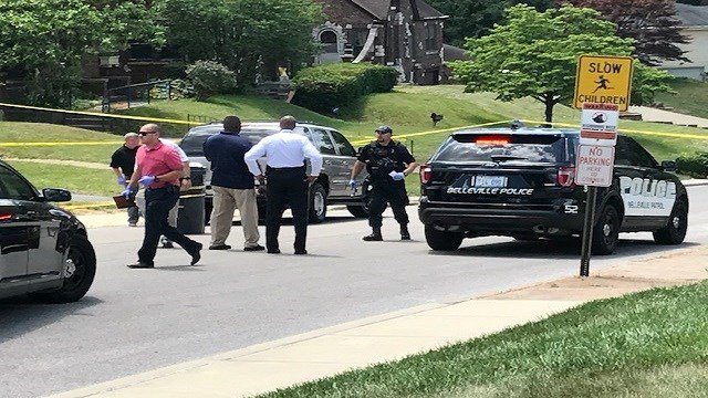 Heavy police presence following home invasion in Belleville, Ill. (Credit:KMOV)