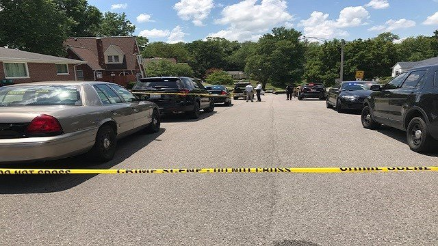 Two shot following home invasion in Belleville, Ill. (Credit:KMOV)