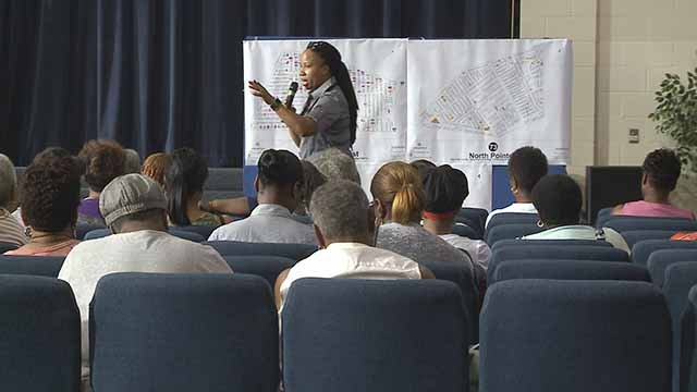 27th Ward Alderwoman Pam Boyd wants to put a mobile command unit in her ward. Residents gathered at a meeting on Tuesday night to discuss the idea. Credit: KMOV