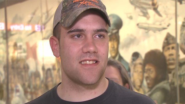 Military solider Tom Huddleston came home just in time for Father's Day. (Credit: KMOV)
