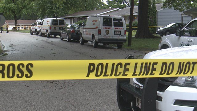 Double shooting leaves 2 injured in the 2600 block of Rauschenbach Avenue Sunday evening. (Credit: KMOV)