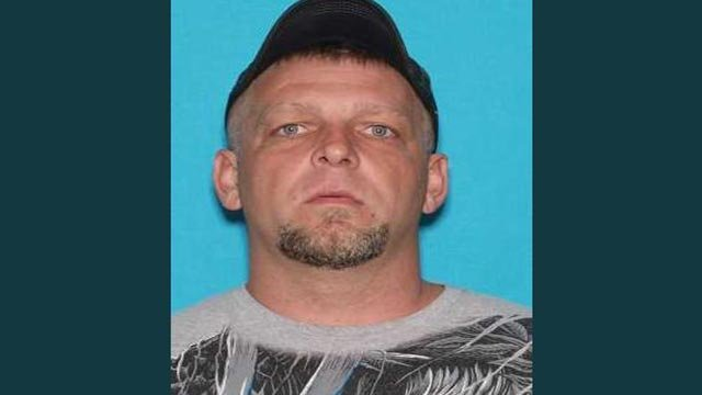 Search Is On For Escaped Convict In Southern Missouri