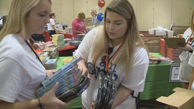 The Phi Beta Phi Fraternity for women made a generous donation of 40,000 brand new books to schools in the St. Louis area. (Credit: KMOV)