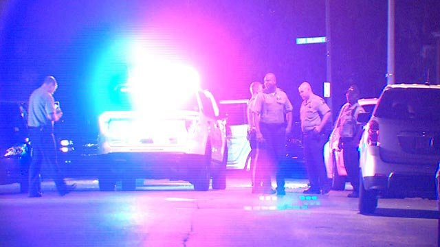 St. Louis City officers in The Greater Ville neighborhood after a police chase ended (Credit: KMOV)
