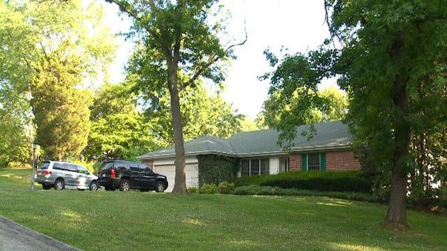 Home on Ferrand Woods (Credit: KMOV)