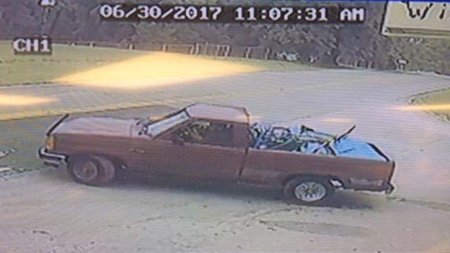 Truck that may have been involved in June 30 robbery in Jefferson County (Credit: Jefferson County Sheriff's Department)