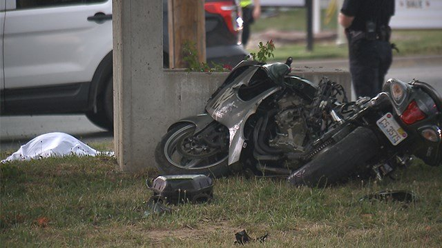 A fatal motorcycle accident occurred at 2205 Vandalia Street Sunday evening. (Credit: KMOV)