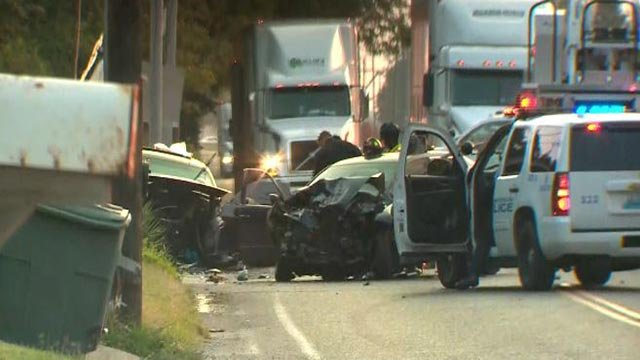Crash on Riverview near Bluff Drive Tuesday (Credit: KMOV)