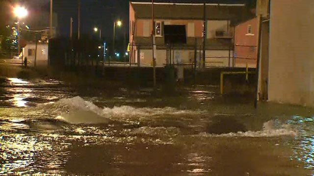 A water main break at 13th and Convention Plaza Friday morning (Credit: KMOV)