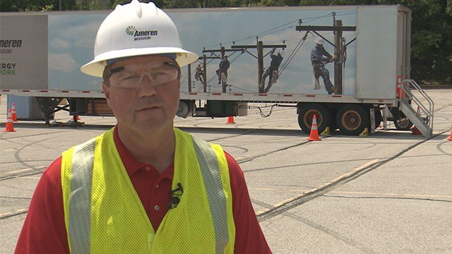 Kevin Anders, vice president of Ameren Operations, giving an update on power outages throughout Missouri and Illinois on Sunday. (Credit: KMOV)