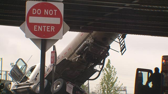 Tanker truck off overpass in downtown St. Louis Thursday (Credit: KMOV)