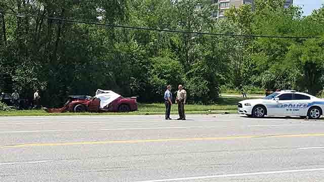 Florissant police investigate an accident at New Halls Ferry on Friday, July 28, 2017 (Credit: KMOV)